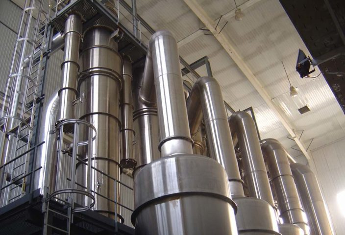 Acoustic cleaners and unblockers for milk pownder plants